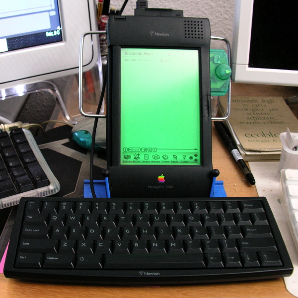 Newton MessagePad with stand and keyboard