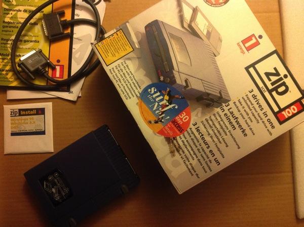 Iomega SCSI ZIP 100 drive